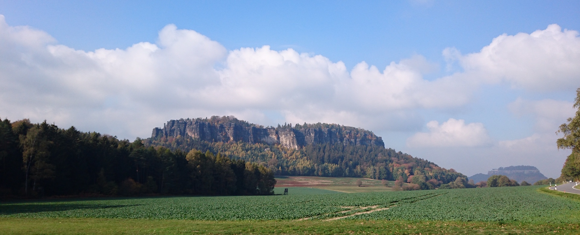 Ein sächsischer Elbsandsteininselberg