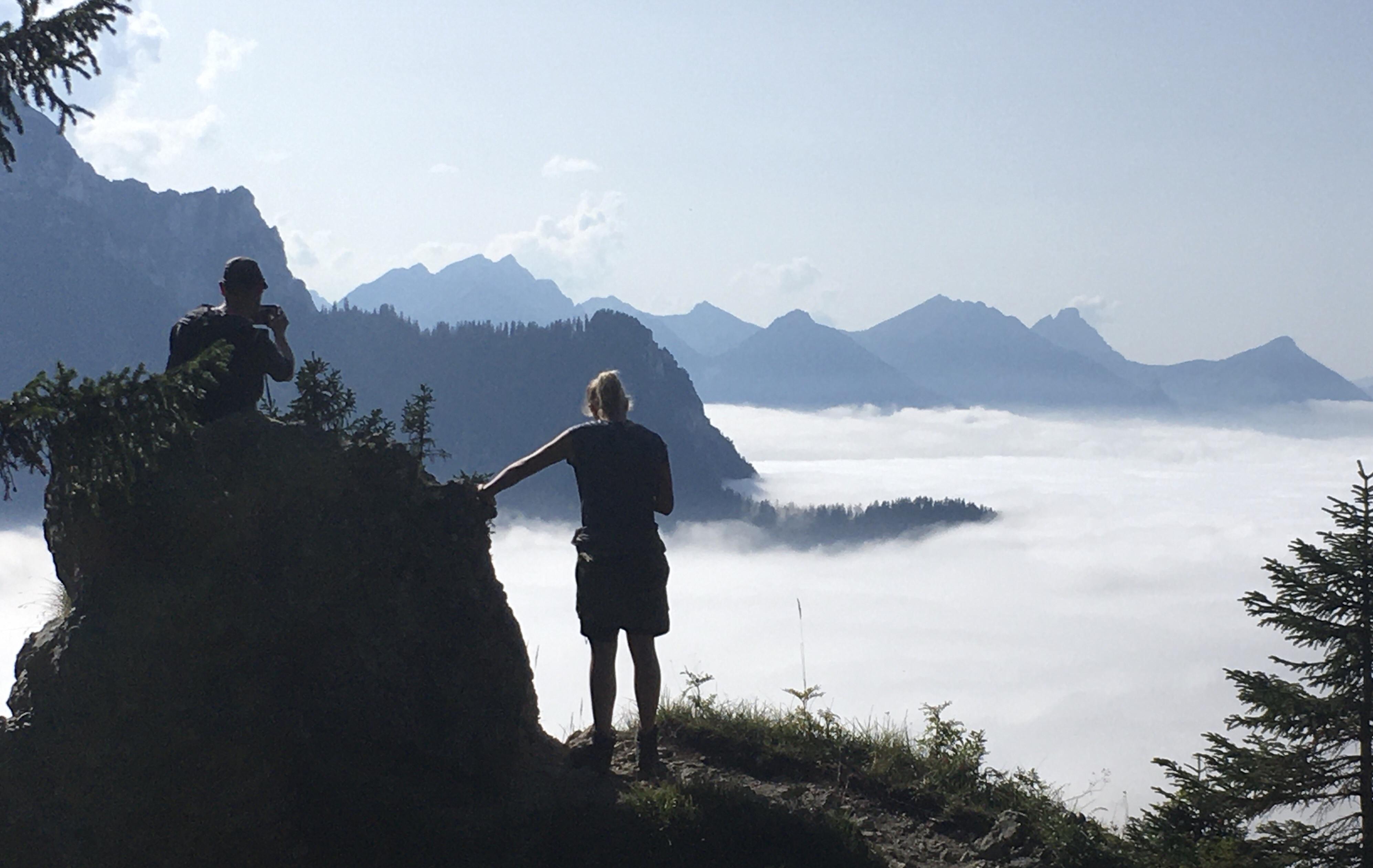 Unsere Wanderer über dem Nebelmeer