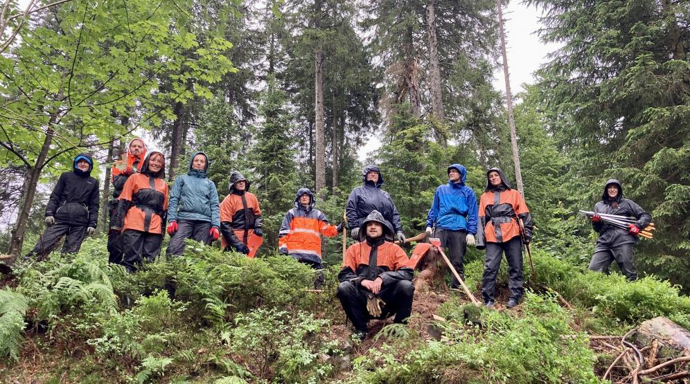 """Einsatzgruppe """"Auerwild"""" im Regen"""